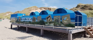 Recycle-eiland op Kruisbergstrand